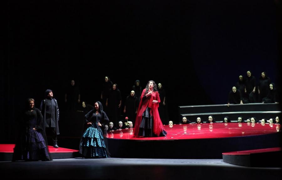 "www.jivotatdnes.bg – ""Carmen"" outside the clichés at the Sofia Opera"