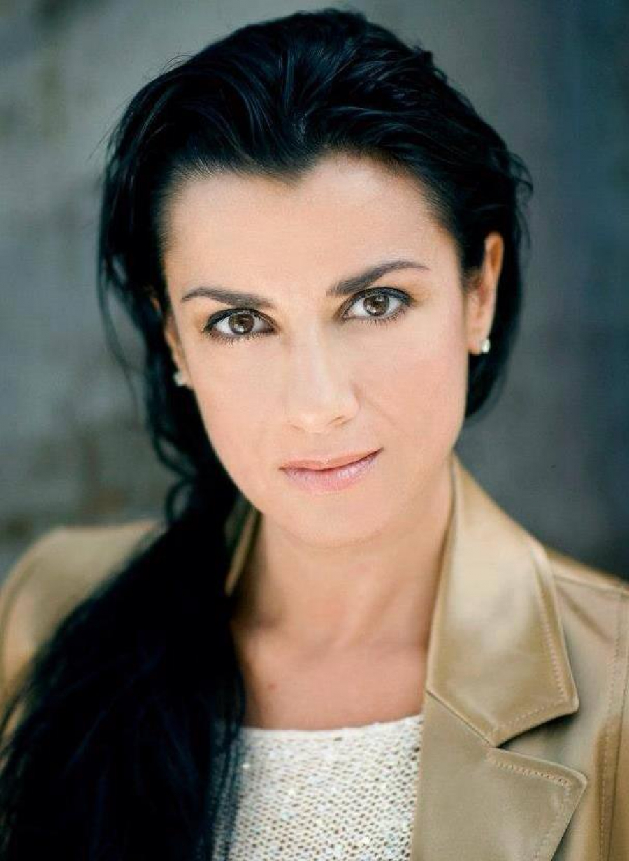 Please expect Alexandrina Pendatchanska in the role of Floria Tosca at the Sofia Opera