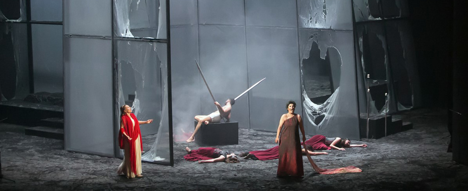"""SHAKING UP THEATRE, THE OPERA """"ELEKTRA"""" BY RICHARD STRAUSS ON THE STAGE OF THE SOFIA OPERA AND BALLET"""