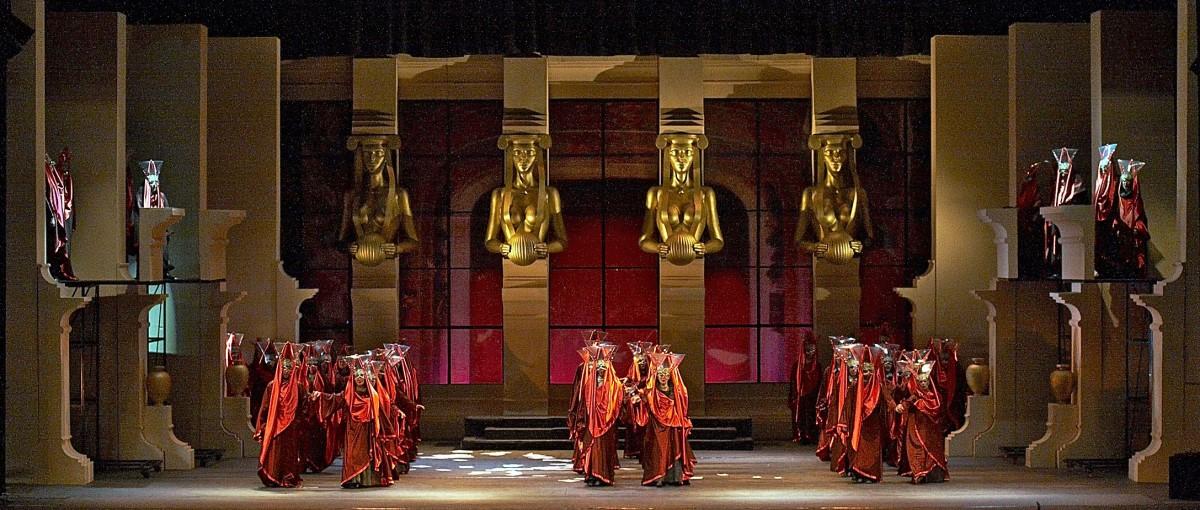 Снимка: БАЛ С МАСКИ от Джузепе Верди / UN BALLO IN MASCHERA by Giuseppe Verdi