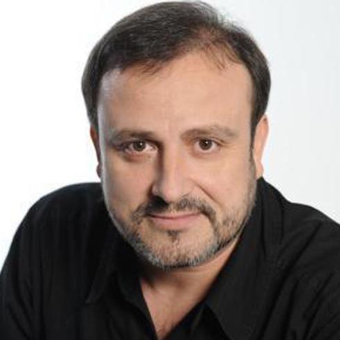 Даниел Магдал