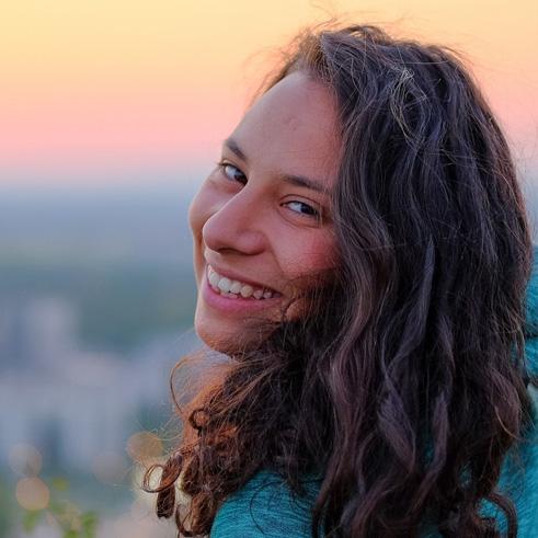 Вероника Табакова
