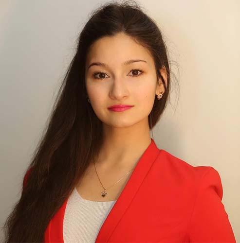 Айла Добрева