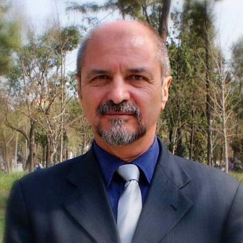 Енрике Бариос