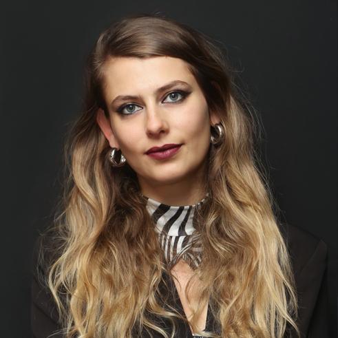Лора Руневска